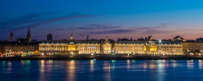 Bordeaux de nuit